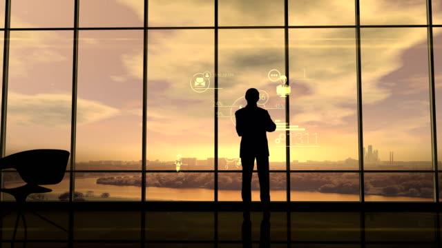 vídeos de stock e filmes b-roll de corporate infographics and men in the office - conselho