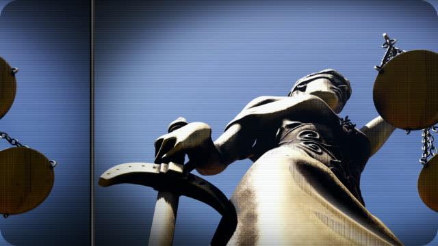 規模と剣で破損したテミス - 腐敗点の映像素材/bロール