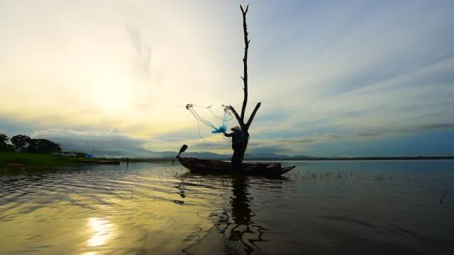生活費 - 漁師 外人点の映像素材/bロール