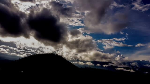 Volcán cotacachi en otavalo ecuador timelapse - vídeo