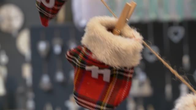 countdown bis weihnachten adventskalender. - advent stock-videos und b-roll-filmmaterial