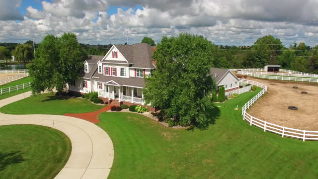Country ranch, mansion with horse barns,pens,pool, aerial flyby