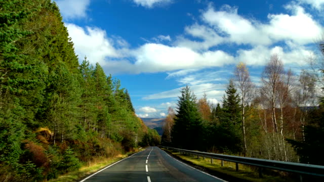 country road trip to scottish highlands - highlands scozzesi video stock e b–roll