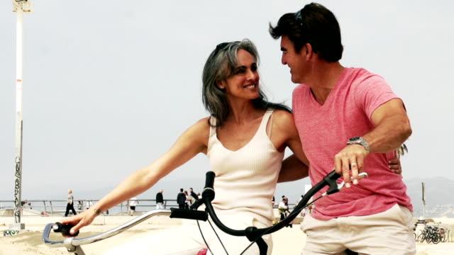 Couple Bicycle LA Venice video