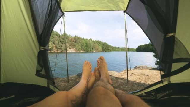 par camping i tält vid en sjö i sverige - swedish nature bildbanksvideor och videomaterial från bakom kulisserna