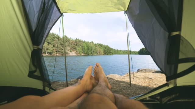 par camping i tält vid en sjö i sverige - summer sweden bildbanksvideor och videomaterial från bakom kulisserna
