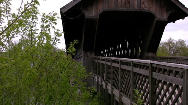 Covered walking bridge pan