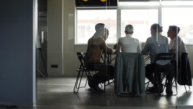 coworking - new work stock-videos und b-roll-filmmaterial