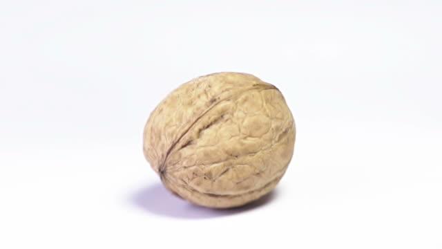 Cracking a Walnut video