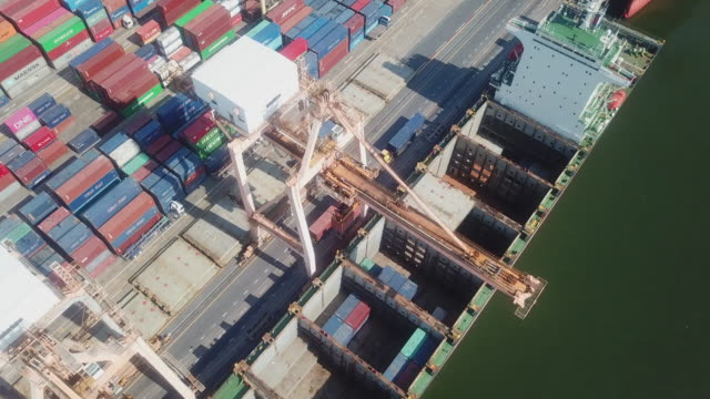 Crane loading containers in import export
