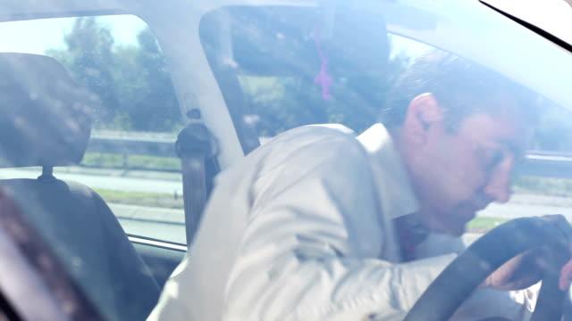 CRANE:Car breakdown video