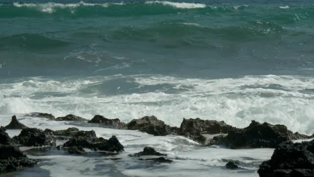 Crashing Wave - video