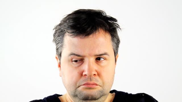 Crazy Schielen Mann – Video
