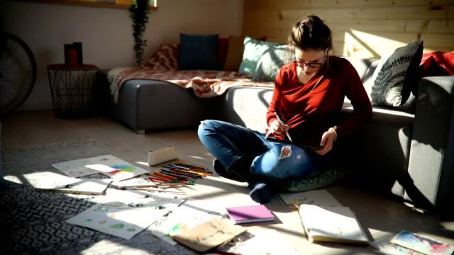 creative activity at home - matita colorata video stock e b–roll