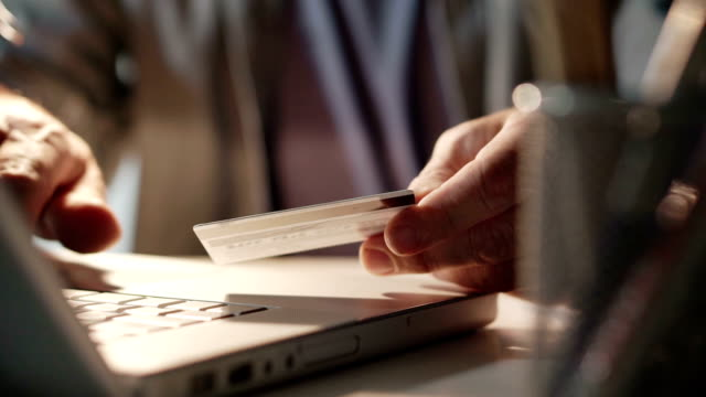 Credit card desk   BU