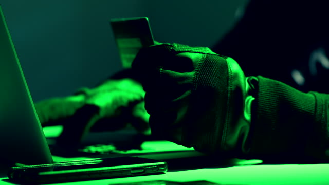 クレジットカード盗難コンセプト。 - なりすまし犯罪点の映像素材/bロール