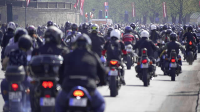 4K - Critical mass. Riding a motorcycles