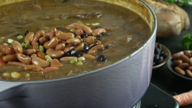 Crock Pot Stew with Meat, Beans and Vegetables