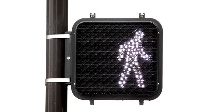 vídeos y material grabado en eventos de stock de paso peatonal señal - stop sign