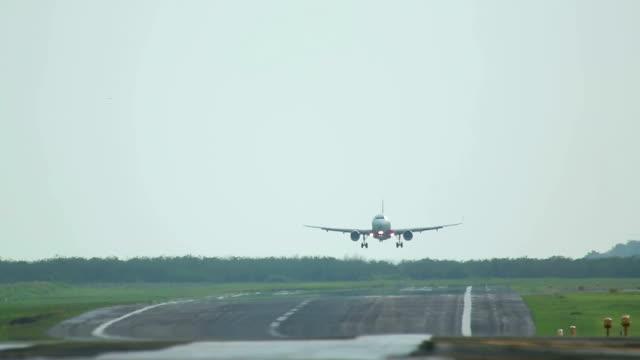 wiatry boczne landing - lądować filmów i materiałów b-roll