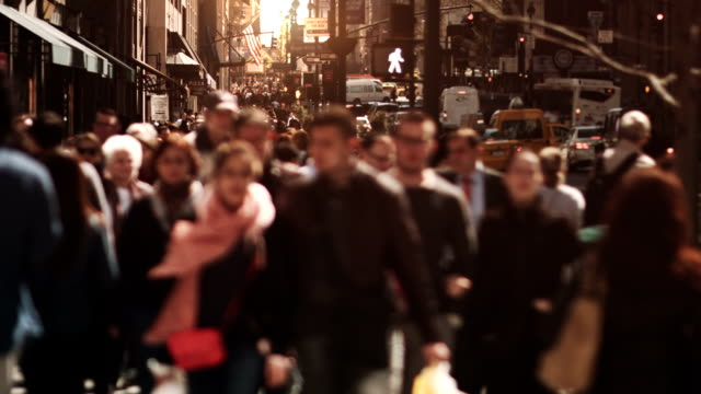 Crowded Avenue. video