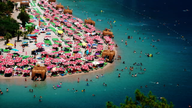 crowded beach of oludeniz - fethiye video stock e b–roll