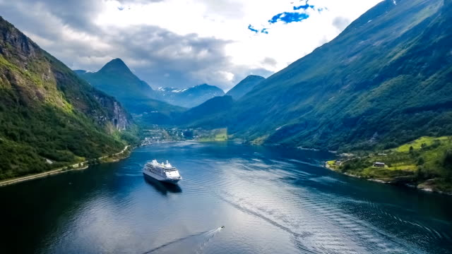 cruise liners on geiranger fjord, norway - cruise video stock e b–roll