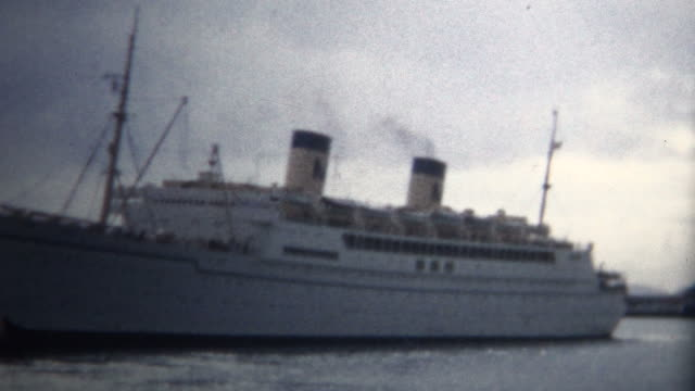 (8mm Vintage) 1955 Cruise Ship To Hawaii Leaves video