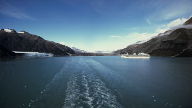 Cruiseship in Glacier video