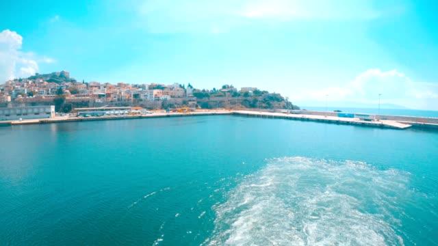 cruising ride rear view - mar mediterraneo video stock e b–roll