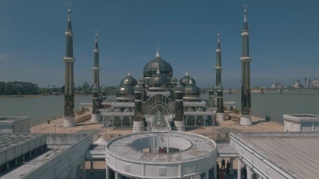 хрустальная мечеть. - ramadan kareem стоковые видео и кадры b-roll