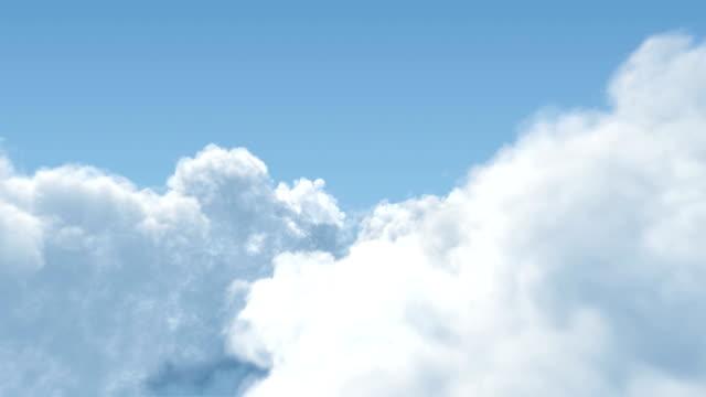 kümülüs bulutlar uçuş aracılığıyla - sinek stok videoları ve detay görüntü çekimi