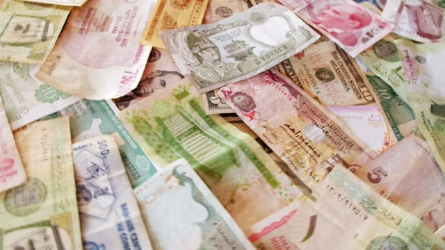 Video Currency Notes from all Over the World
