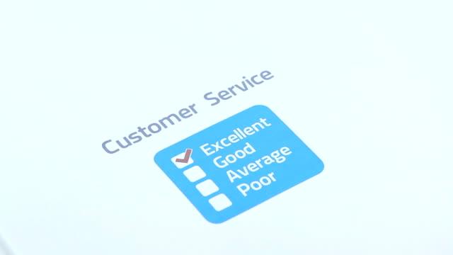 vidéos et rushes de enquête sur le service clientèle - relation client
