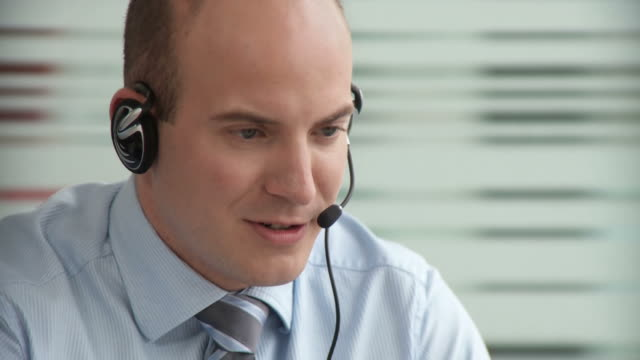 HD DOLLY: Customer service video