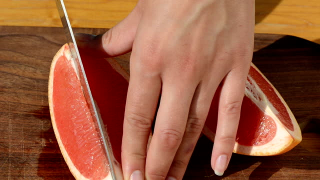 cut grapefruit pomelo video
