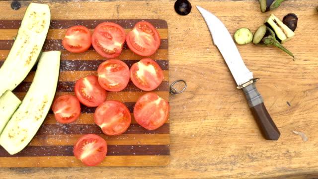 ダイス cutted 野菜の bbq - ローフード点の映像素材/bロール