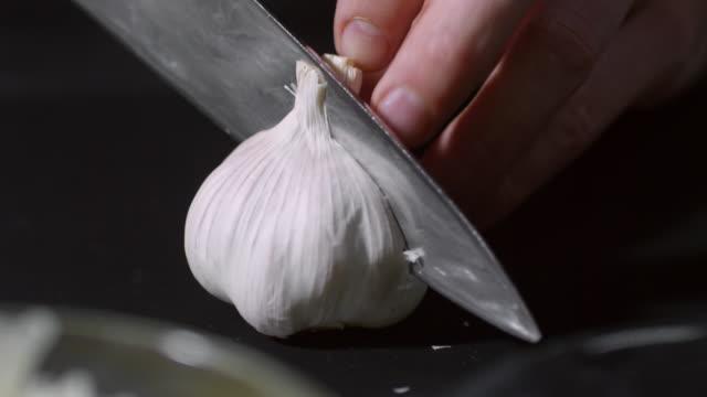 Cutting Garlic video