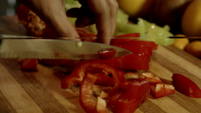 cutting green peppers video