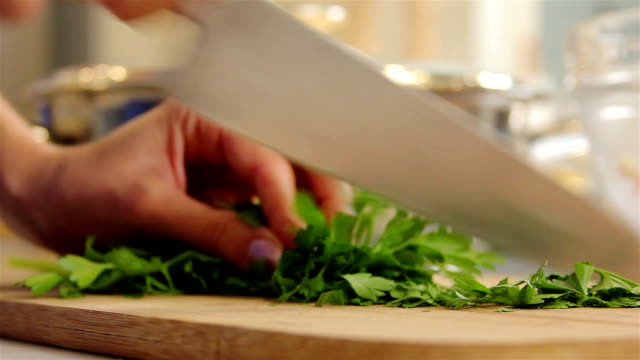 Cutting parsley video