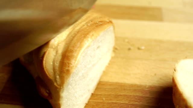 Moderne weiche Weizen-Brot, video-Nahaufnahme – Video