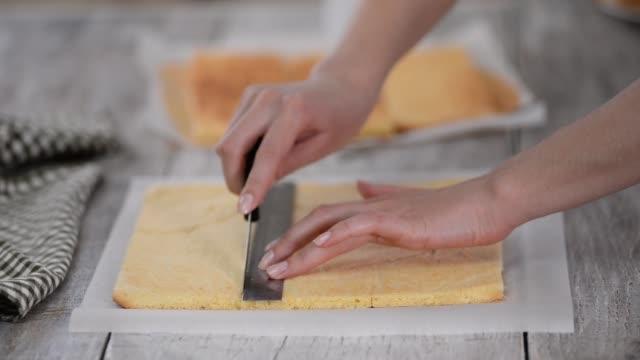 Cutting Sponge Cake on Layers