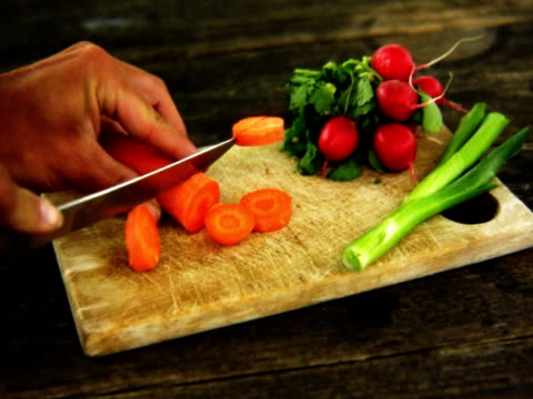 ntsc taglio la carota. - alliacee video stock e b–roll