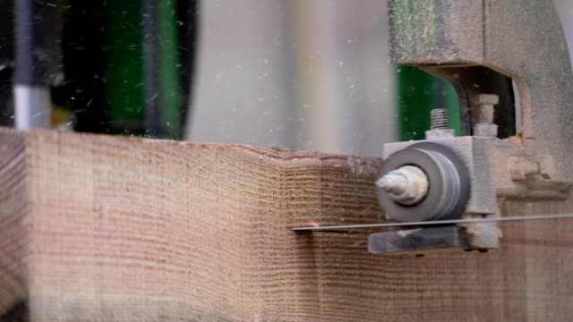 Cutting the timber to spec in the factory