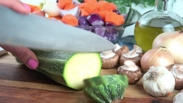 Cutting Zucchini video