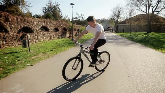 Cycling gear backwards video