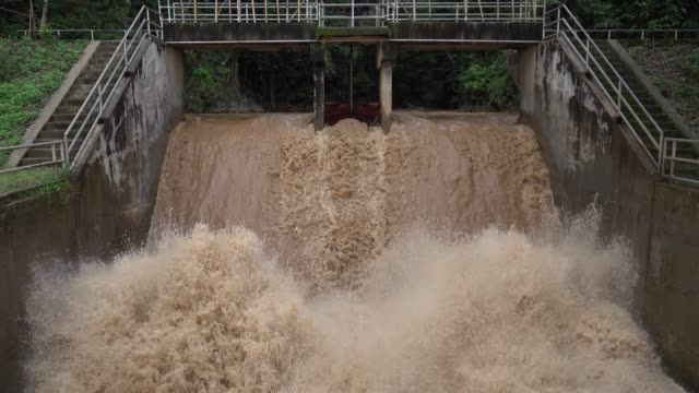 Dam Spillway and there is severe water flow video