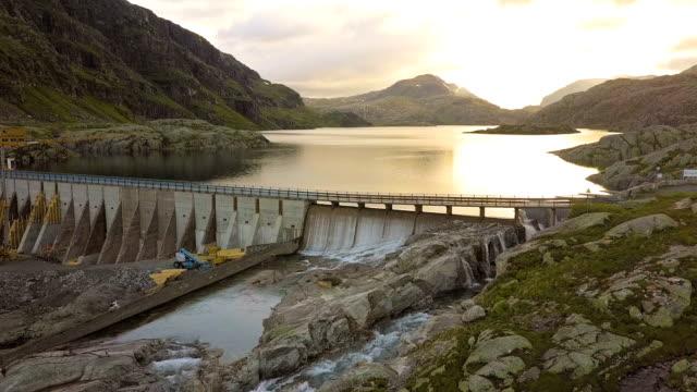 dam - svartevatn - energia rinnovabile video stock e b–roll