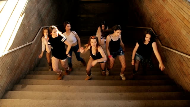 Dancing group,hip hop dance on stairs video