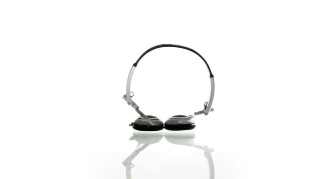 Dancing headset video